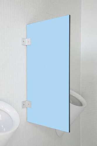 Hochwertige Urinaltrennwand Messina in bunten Farben Lagunblau
