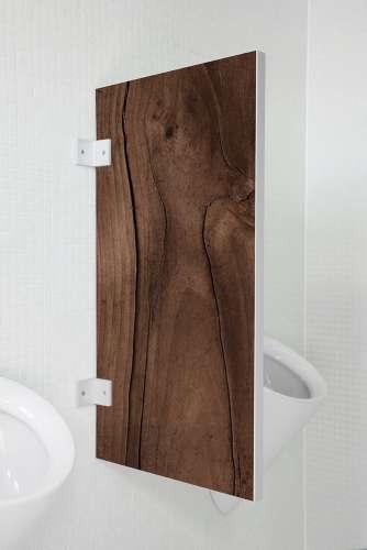 Nachhaltige Urinaltrennwand Bergamo Eibe rustikal